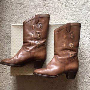 Rare vintage Gucci logo boots